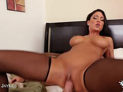 Watch Jessica Jaymes blow a big cock!