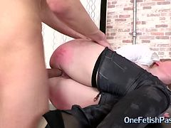 rough kinky anal sex for Julia